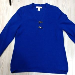 Palette Sweaters - Pullover sweater with unique gold clasps - J12